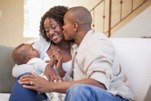 A Presença Do Pai Também é Importante No Processo De Amamentação Do